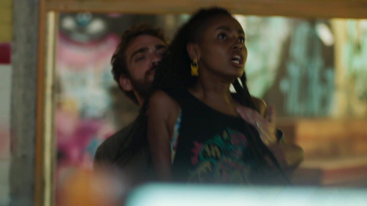 21/5 - Teaser 'Malhação - Toda Forma de Amar': Jaqueline fica presa na dispensa com Thiago