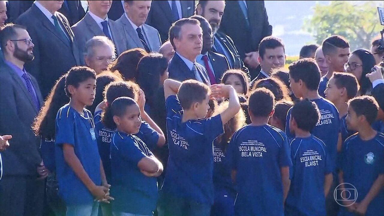 Bolsonaro participa de reunião do conselho de governo