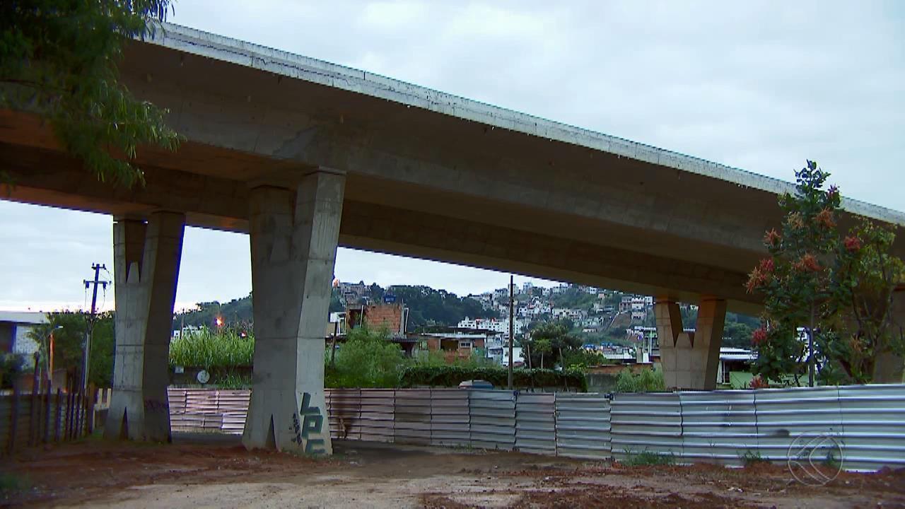 MG1 mostra andamento de obras de viadutos em Juiz de Fora