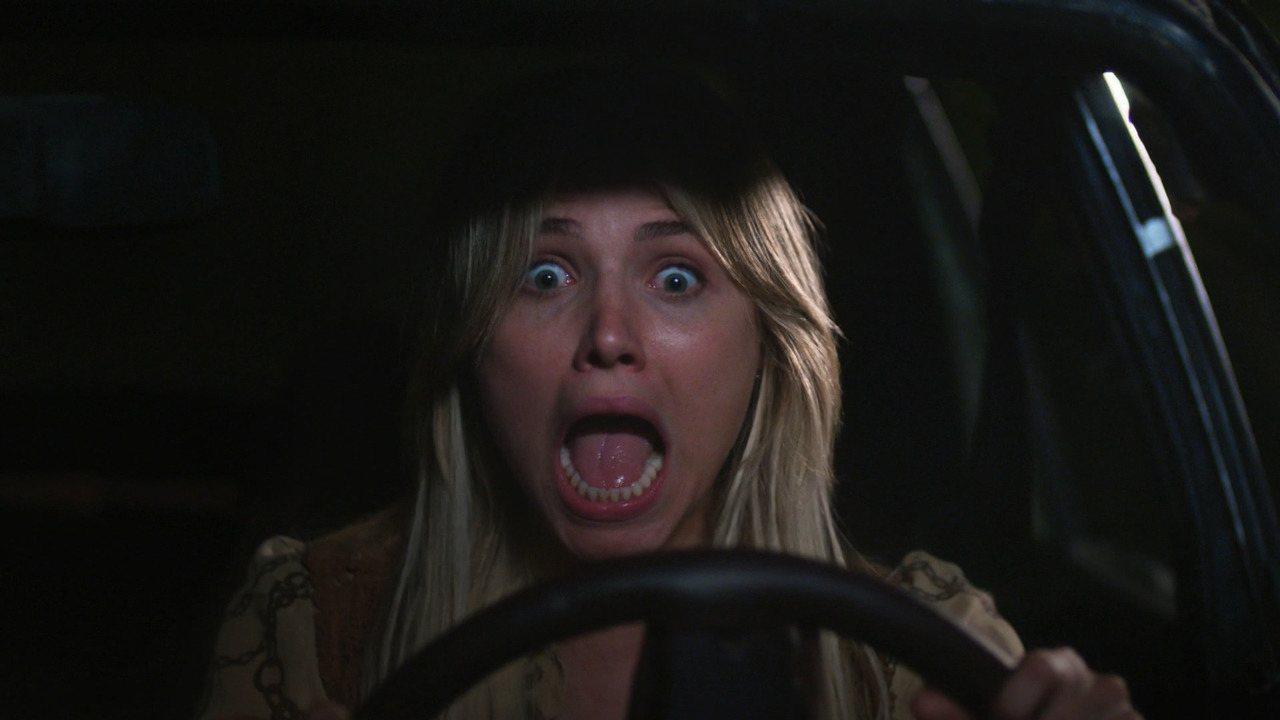 Marylin é abduzida por E.T em 'Cine Holliúdy'