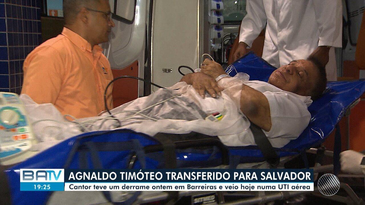 Cantor Agnaldo Timóteo é transferido de unidade de saúde de Barreiras para Salvador
