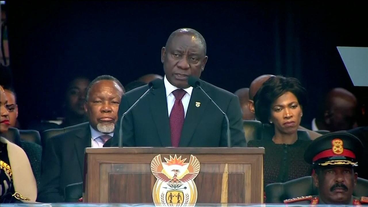 Ramaphosa toma posse e promete combate à corrupção na África do Sul
