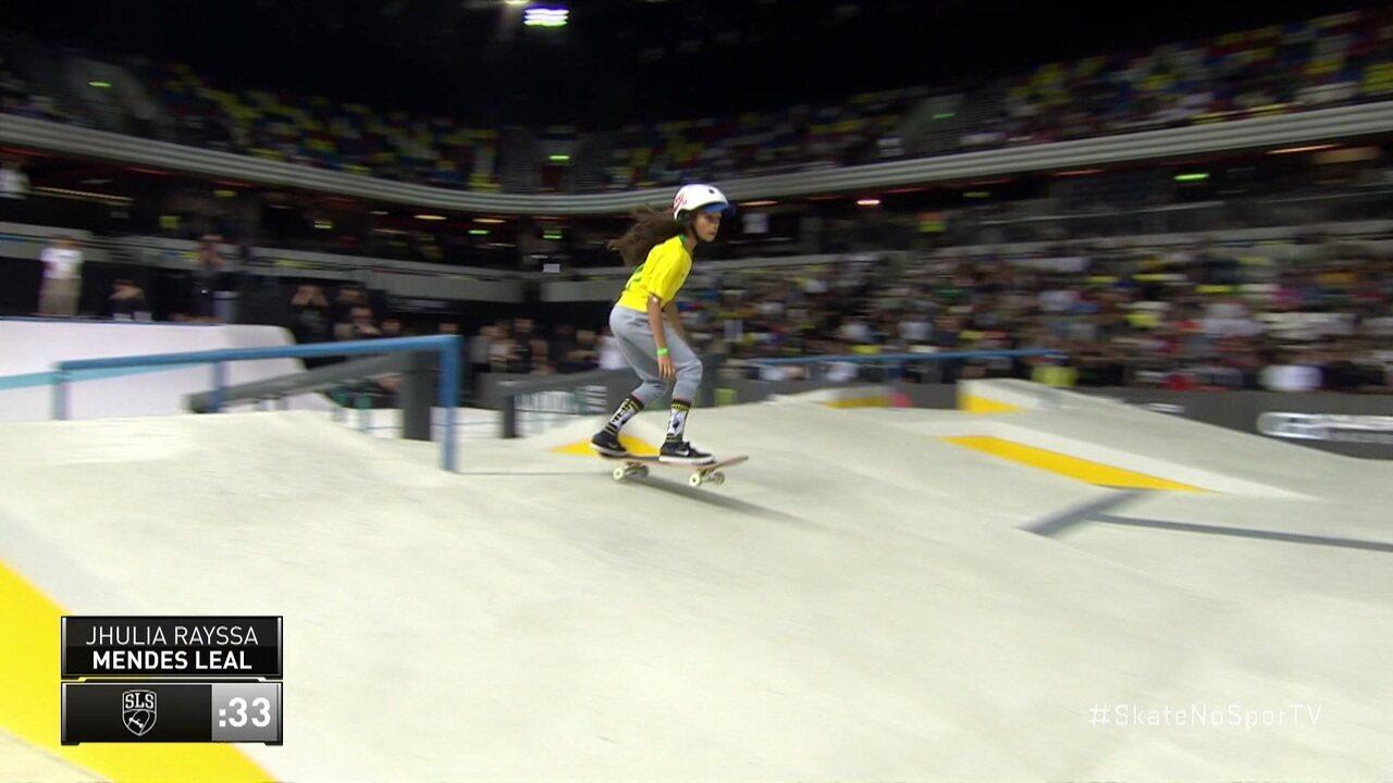 Rayssa Leal, a 'Fadinha', faz sua estreia na final da Skate Street League feminina