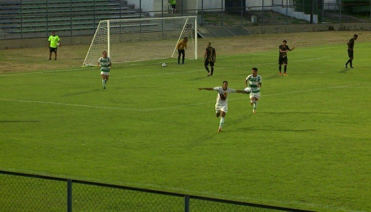 Na vitória do Altos por 2 a 1 diante do Central, Radsley marcou o segundo gol da equipe