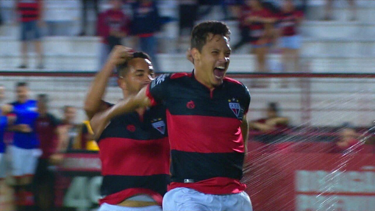 O gol de Atlético-GO 1 x 0 Guarani pela 7ª rodada do Brasileiro Série B