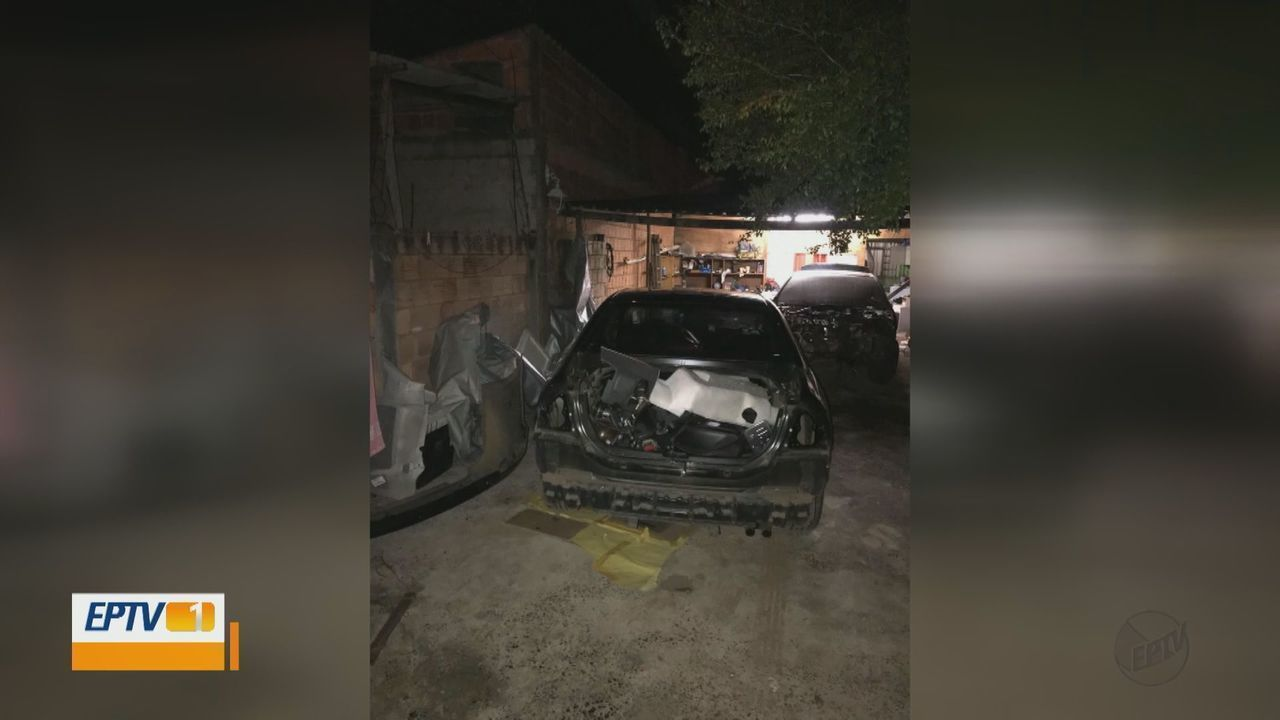 Resultado de imagem para Dupla agride motorista e rouba carro em São Carlos
