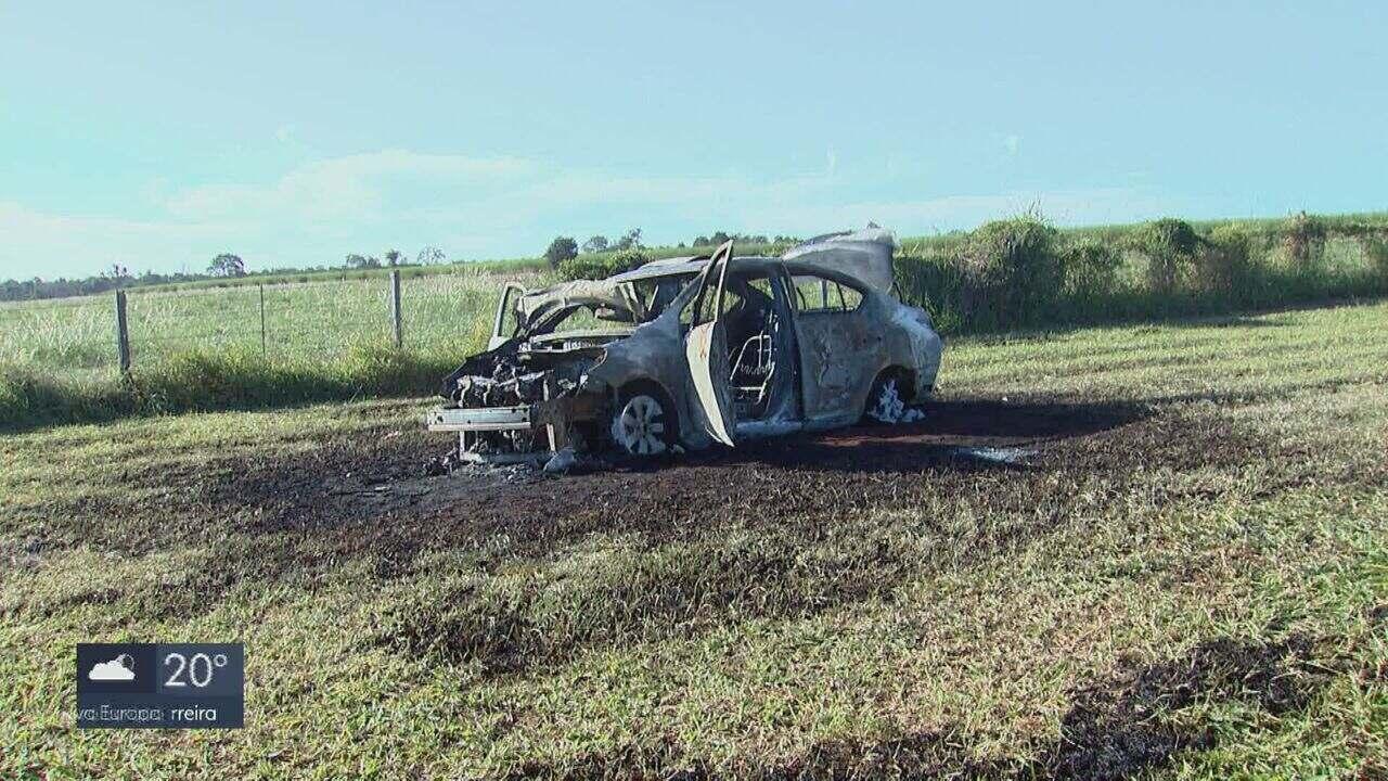 Homem atira na ex e na mãe dela e ateia fogo no próprio carro em Araraquara