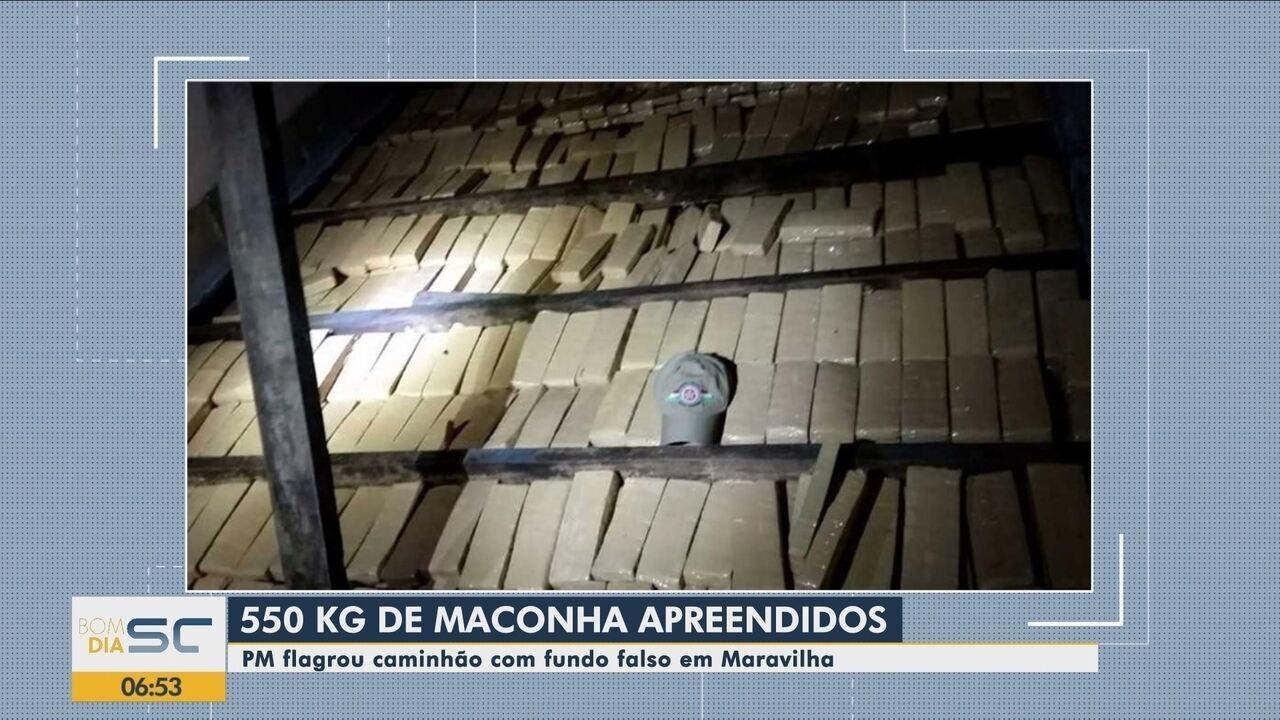 PM flagra caminhão com 550 kg de maconha escondidos em fundo falso no Oeste de SC