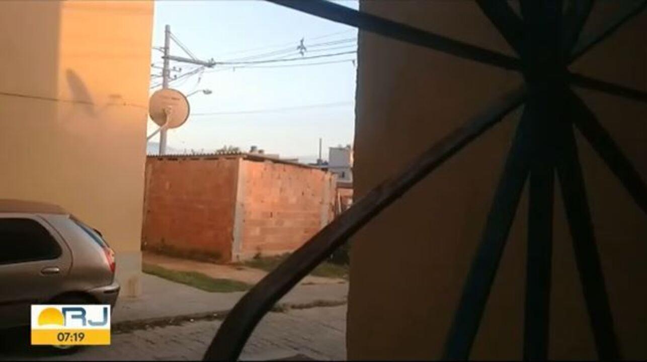Moradores registram tiroteio na Cidade de Deus