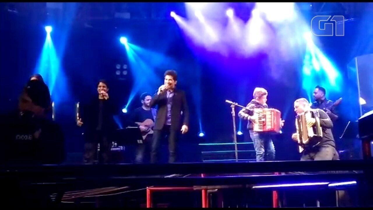 Sanfoneiro mirim 'invade' show do cantor Daniel e toca clássicos do sertanejo em Urânia