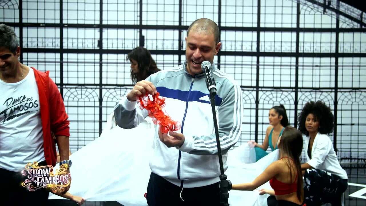 Veja a preparação de Diogo Nogueira para homenagear Wando no 'Show dos Famosos'