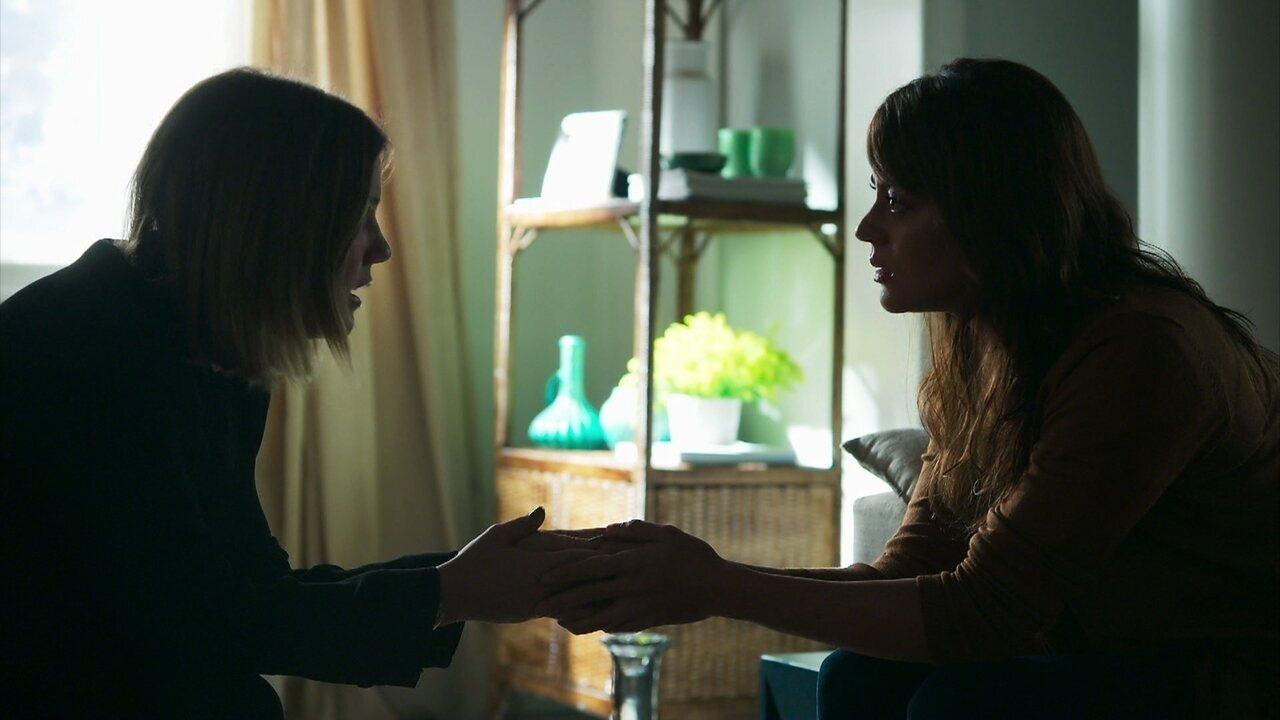 Dalila/Basma incita Helena a revelar sua gravidez para Missade