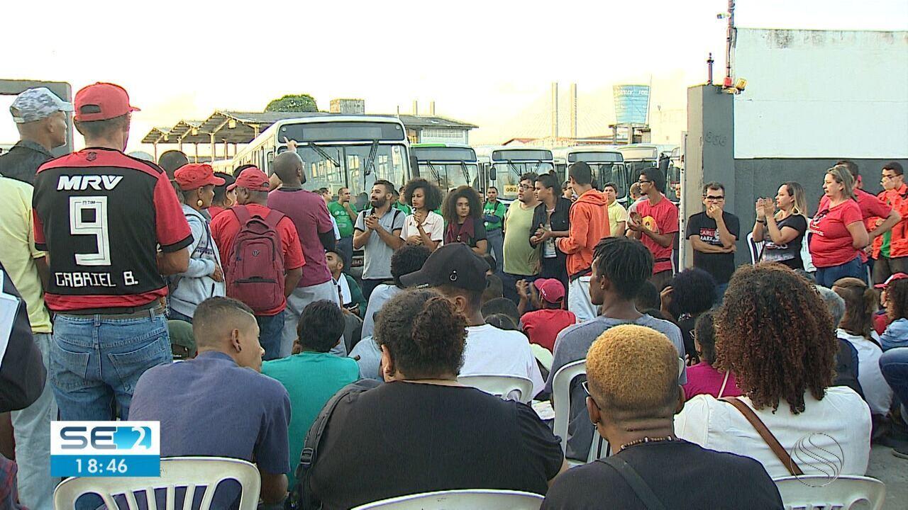 Aracaju teve sexta-feira com boa parte dos ônibus do transporte coletivo sem circular