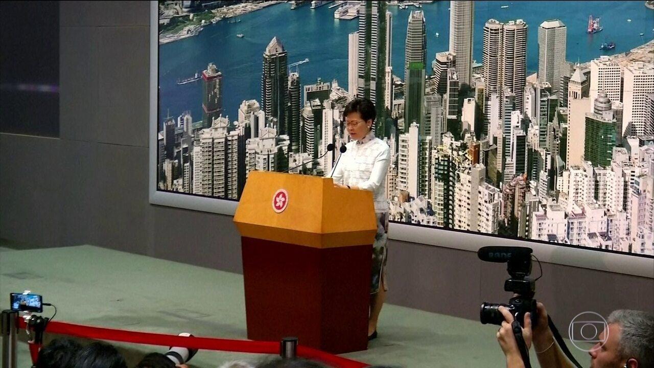 Hong Kong suspende plano de extradição de suspeitos de crimes para a China continental