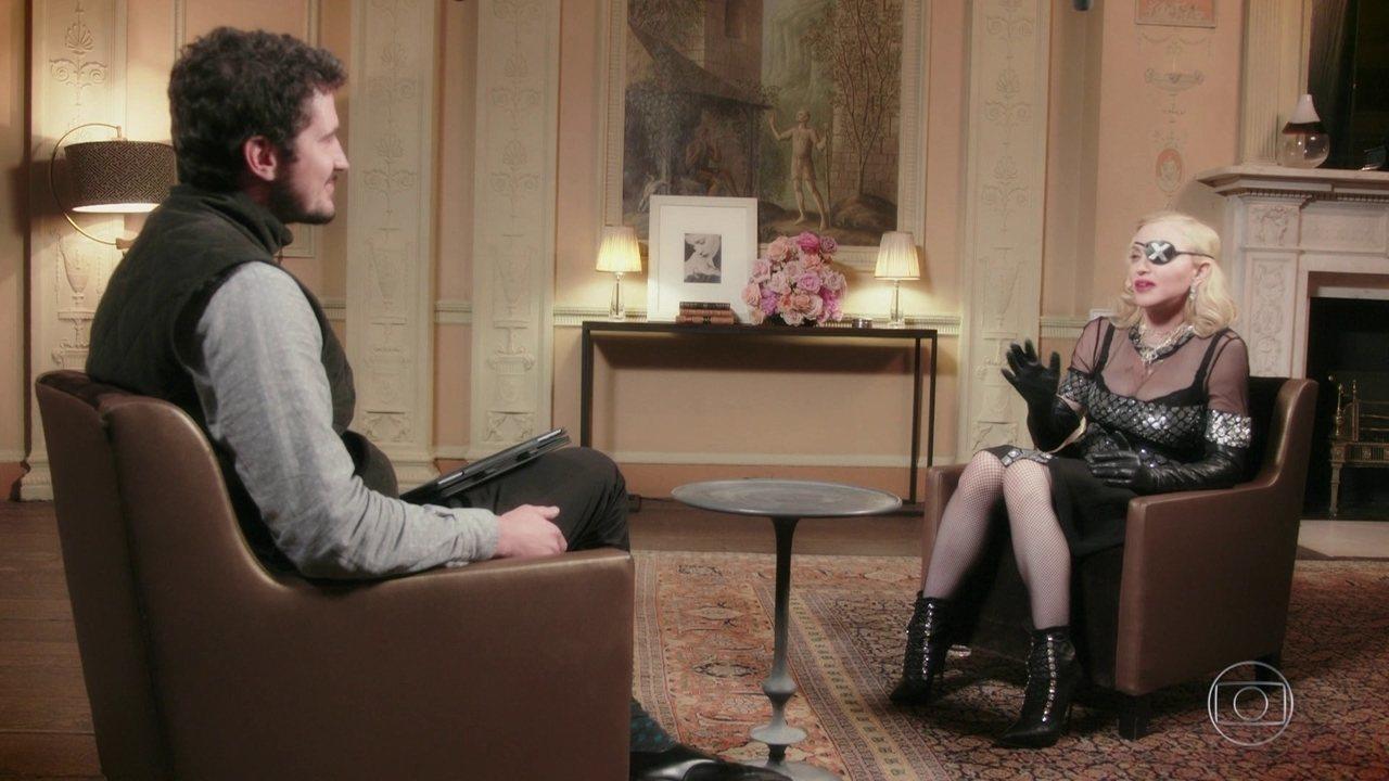 """""""Se eu fosse um homem, não estaríamos discutindo a minha idade"""", diz Madonna"""