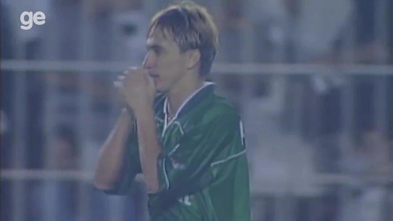 Paulo Nunes relembra campanha do Palmeiras campeão da LIbertadores em 1999