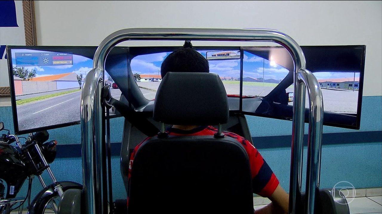 Contran acaba com obrigatoriedade do uso de simuladores para tirar carteira de motorista