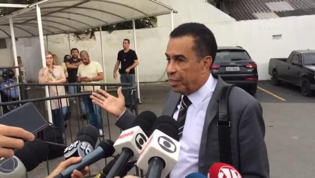 Advogado de Najila explica por que ela bateu em Neymar