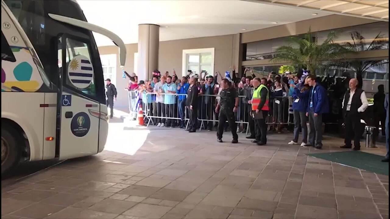 Seleção do Uruguai chega ao hotel