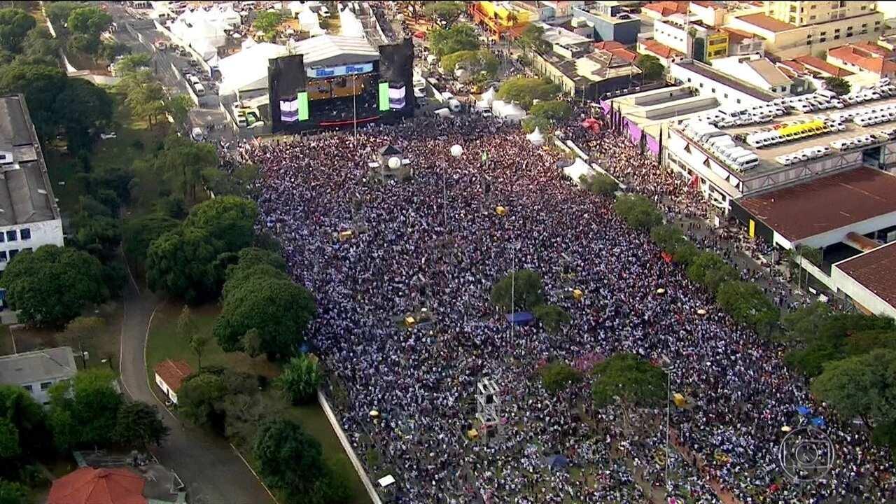 Em SP, 27ª Marcha para Jesus reúne três milhões, segundo organizadores