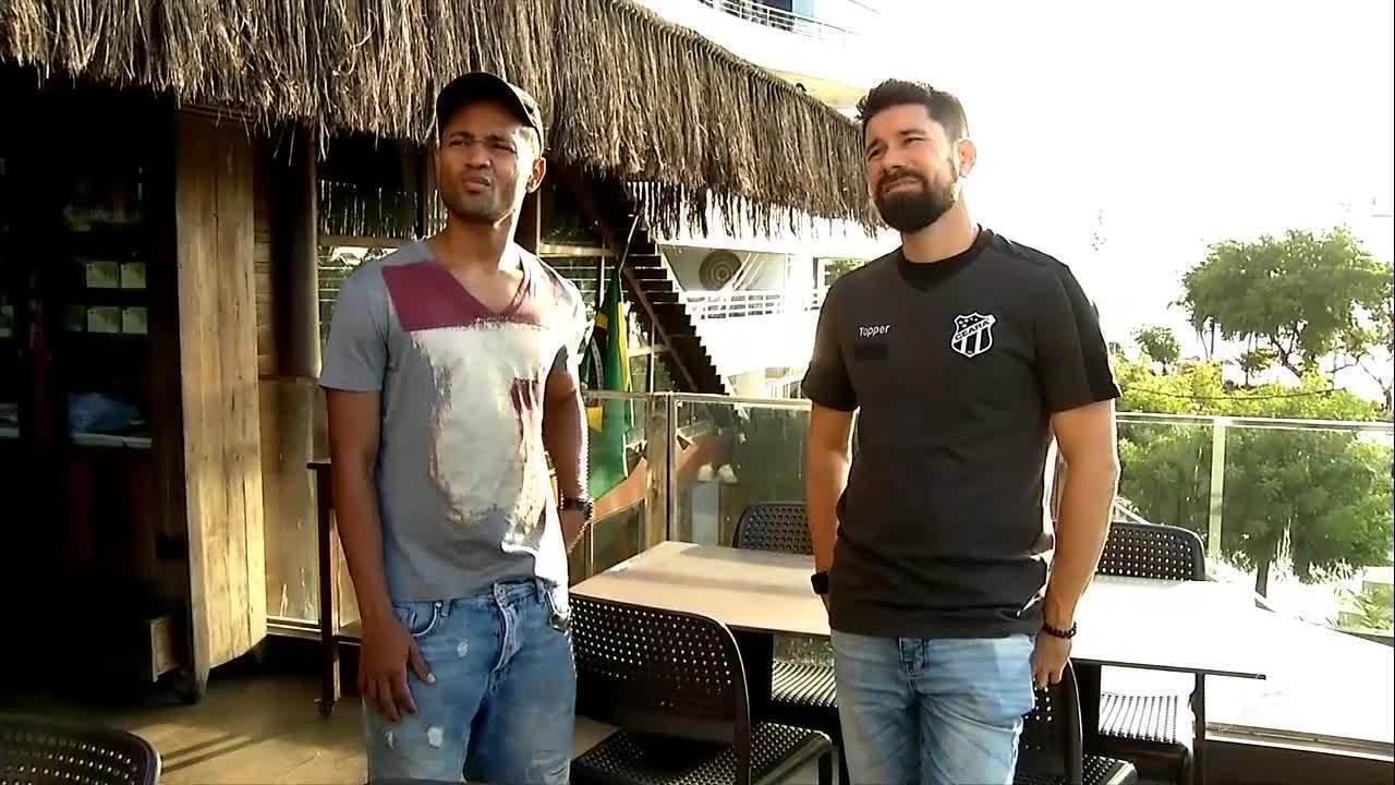 Ricardinho, do Ceará, e Raffael, do Borussia Mönchengladbach, batem papo em Fortaleza