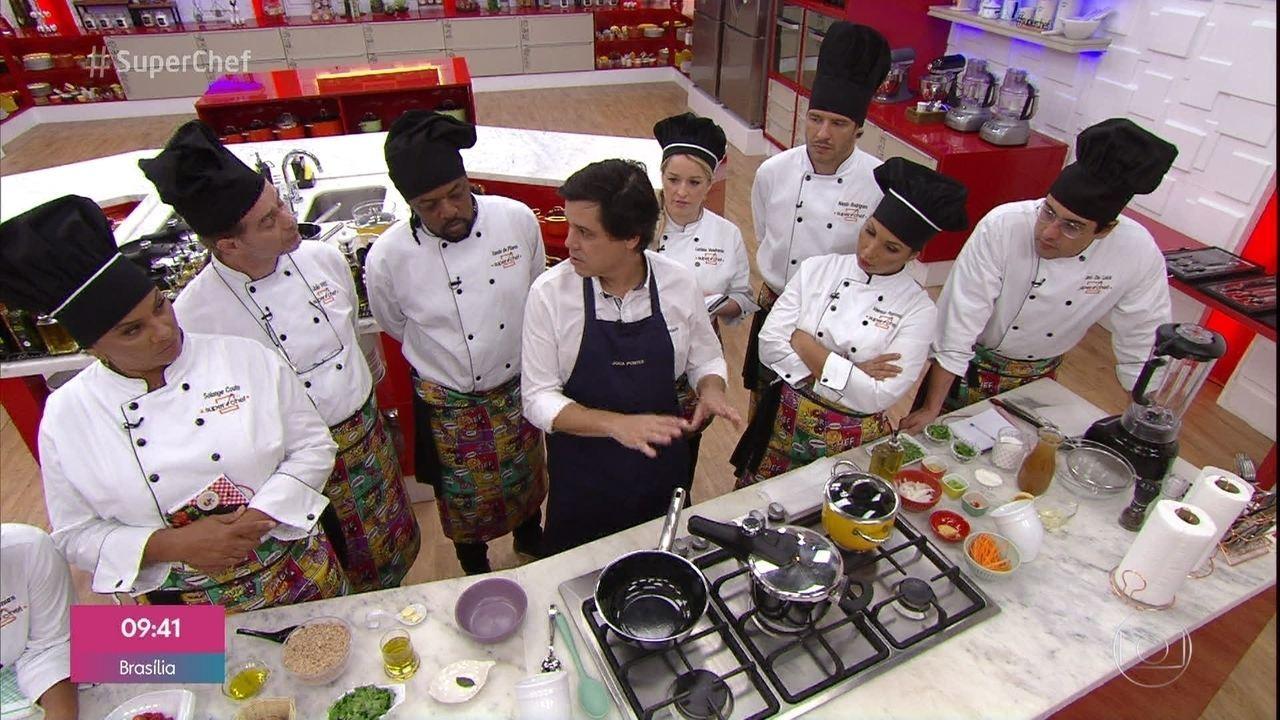 Chef Joca Pontes faz receitas incríveis na panela de pressão no 'Super Chef'