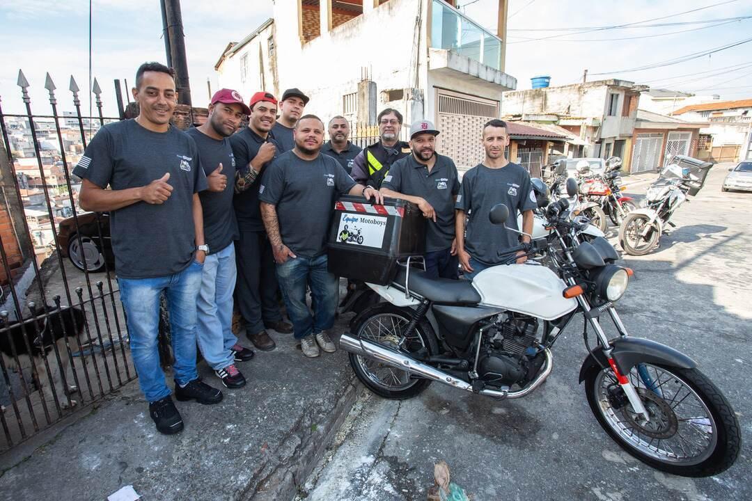 Em limbo jurídico, motoboys pedem regulamentação para apps de entrega