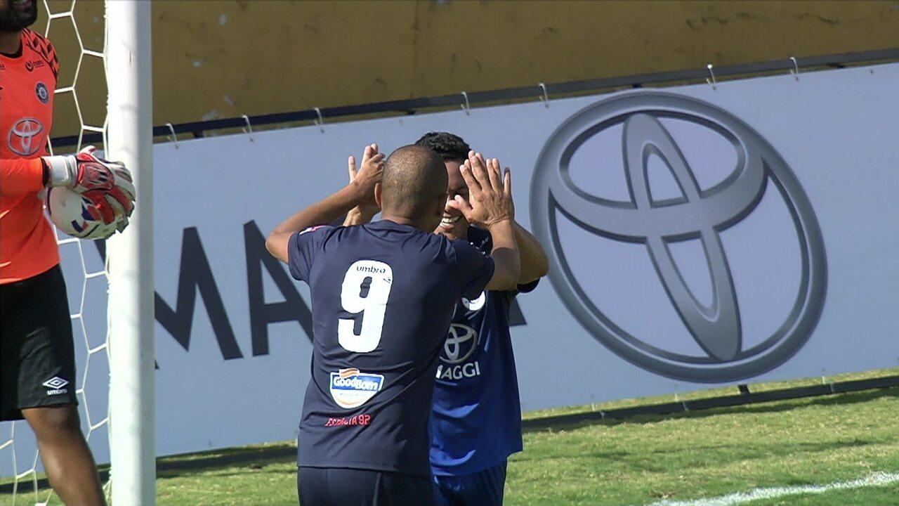 Gol dos Amigos do Deco: Denílson narra o gol de Marcinho: 6 a 5