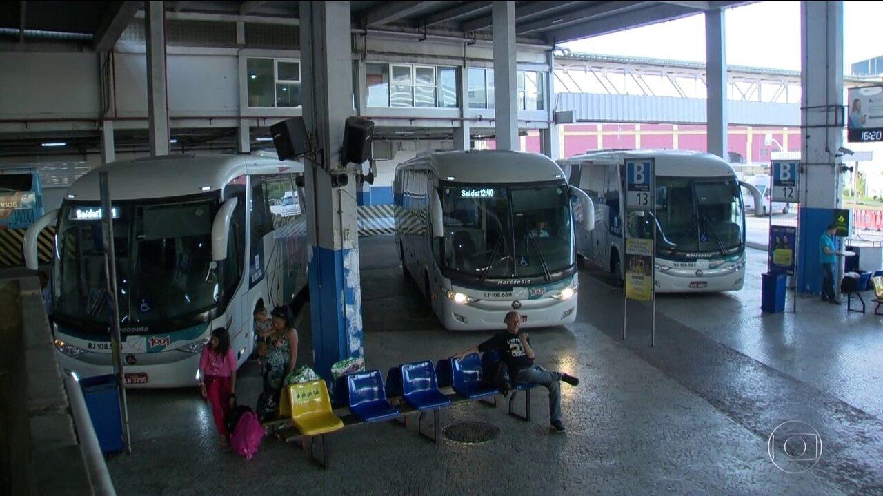 Aumento das passagens aéreas empurra passageiros para viajar de ônibus