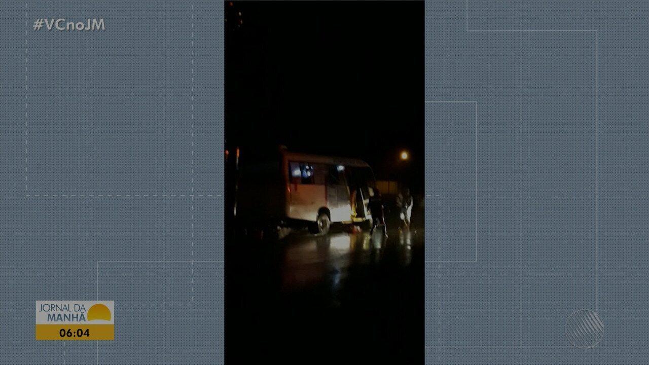 Acidente deixa cinco pessoas mortas e treze feridas na BR-324