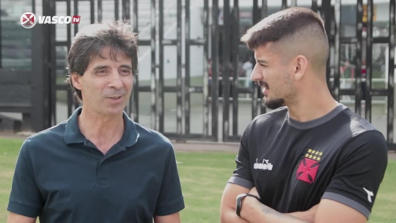 Encontro de gerações: Mauro Galvão e Ricardo conversam no Vasco