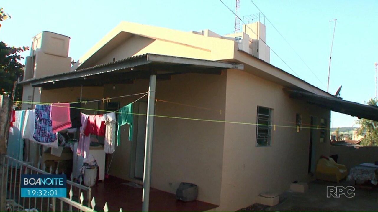 Depois de perder tudo em incêndio, família de Jataizinho ganha casa nova