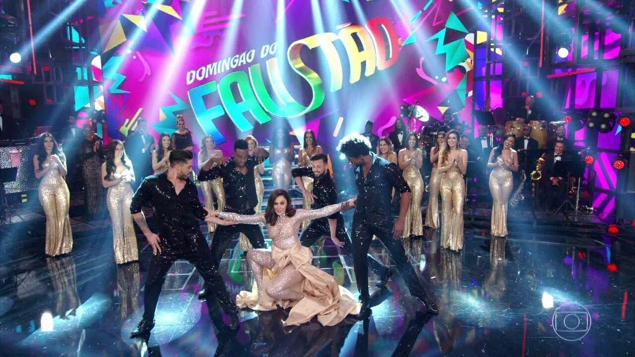 Claudia Raia chega como diva para ser jurada no 'Show dos Famosos'