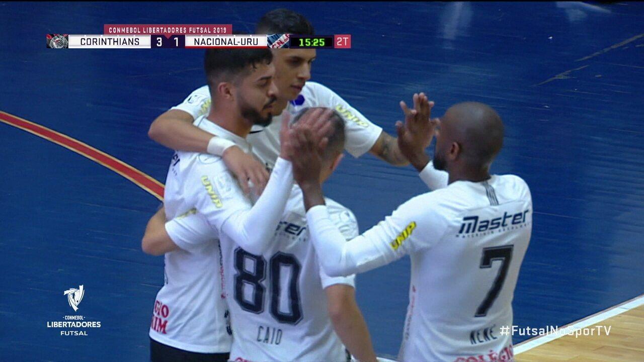 Os gols de Corinthians 3 x 1 Nacional-URU pela Taça Libertadores de futsal