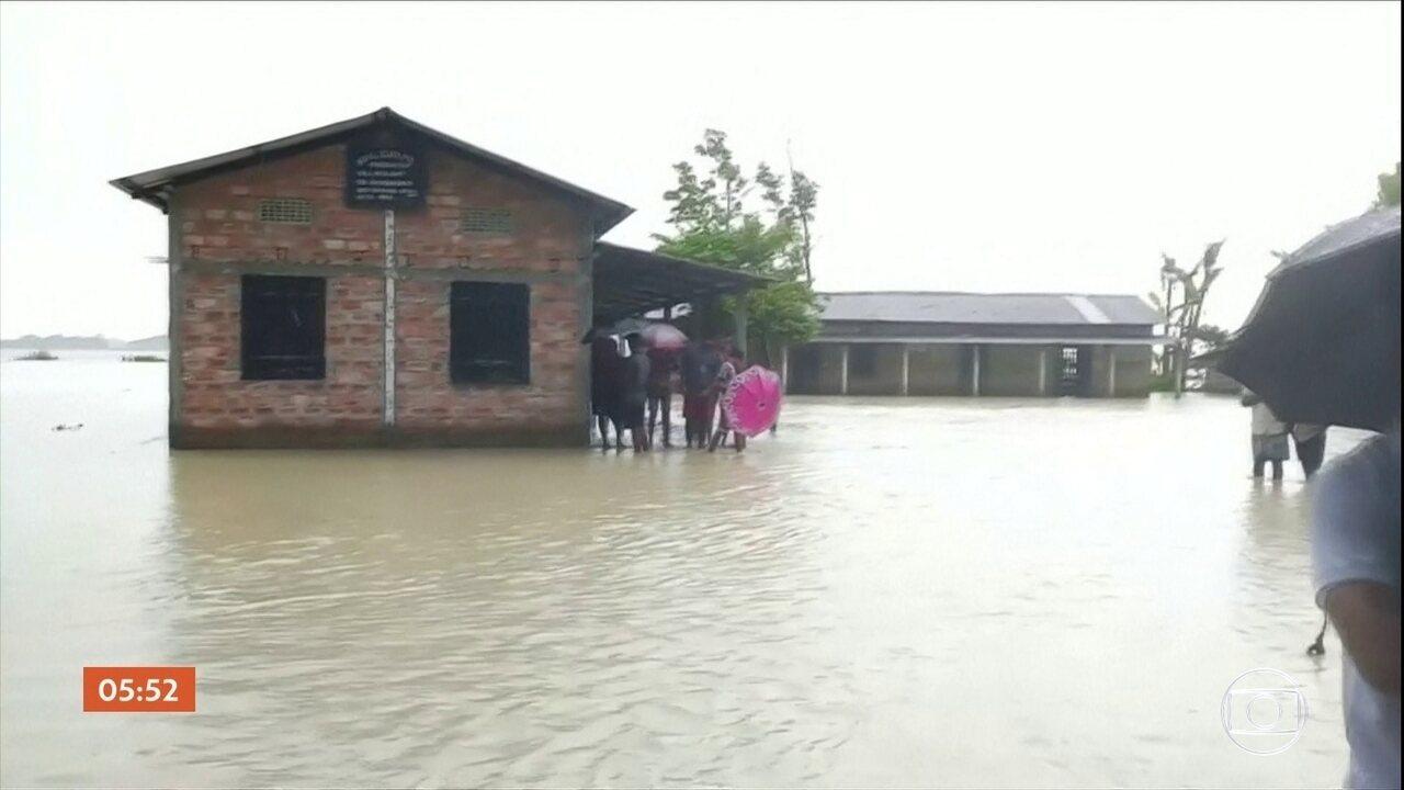 Mais de 100 pessoas morrem por causa das enchentes que atingem Índia, Nepal e Bangladesh