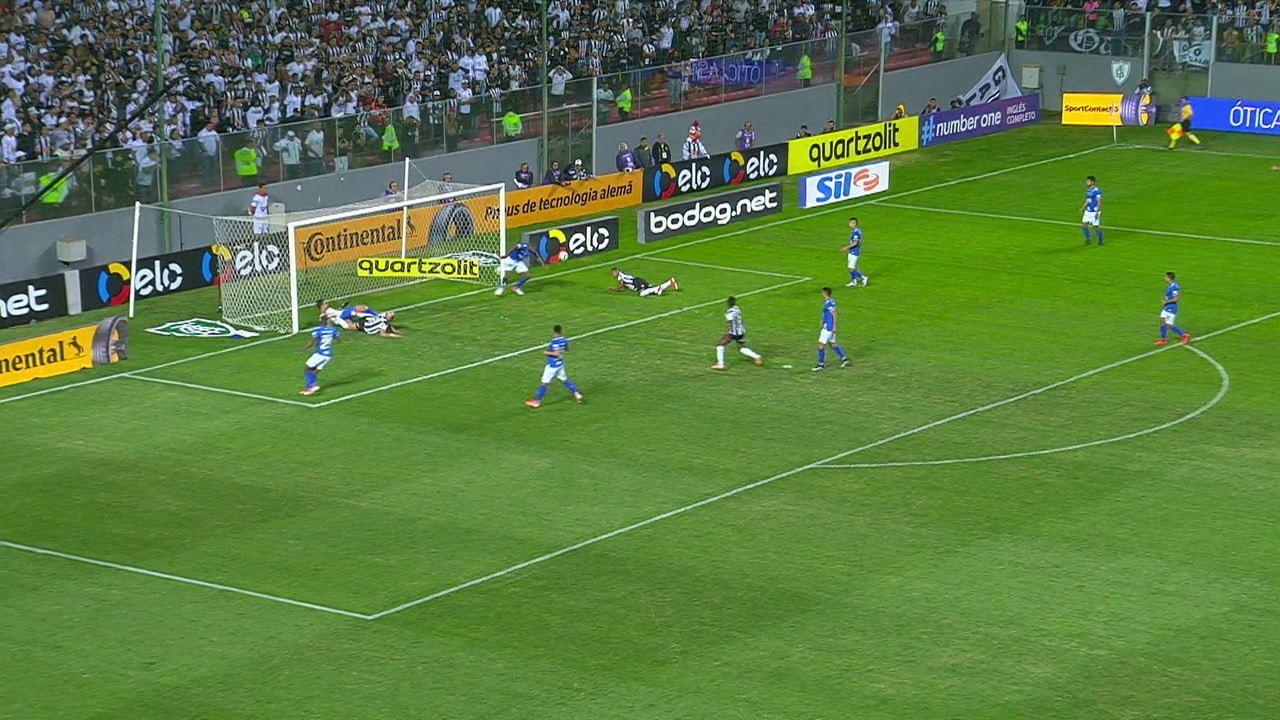 Melhores momentos de Atlético-MG 2 x 0 Cruzeiro pelas quartas de final da Copa do Brasil