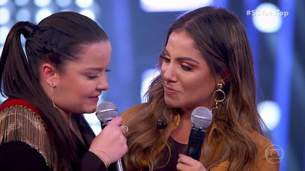 Maiara se emociona com apresentação da cantora