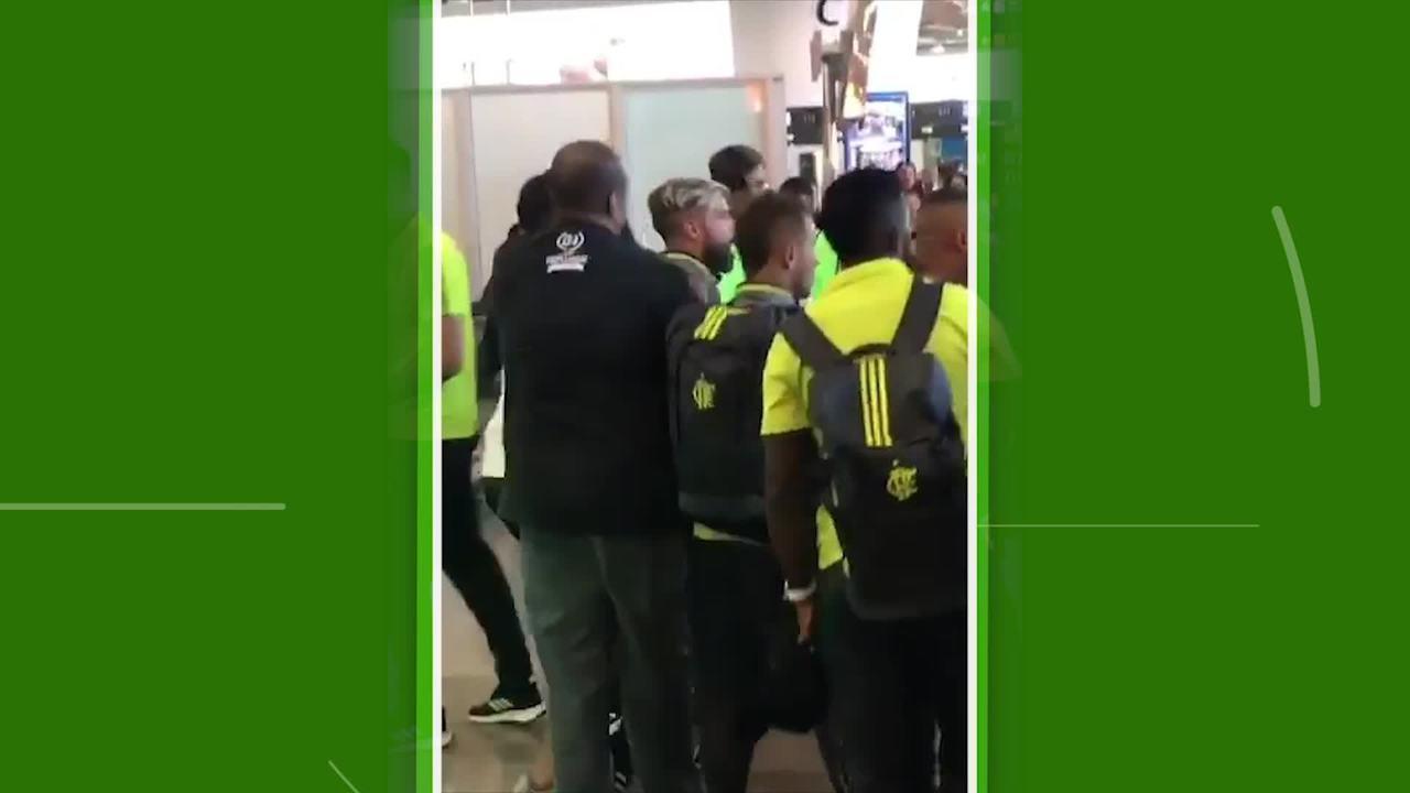 Diego fica revoltado com protesto no embarque do Flamengo para São Paulo