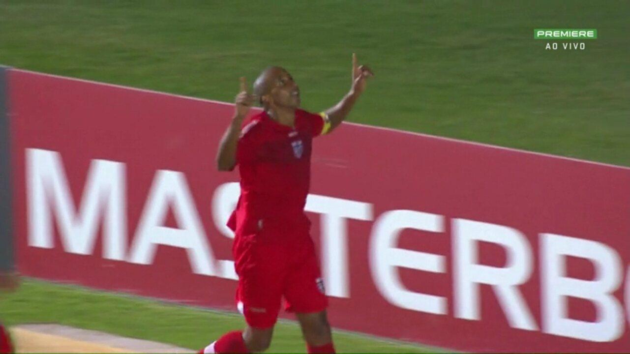Willians Santana fez um belo gol no jogo contra o Operário-PR