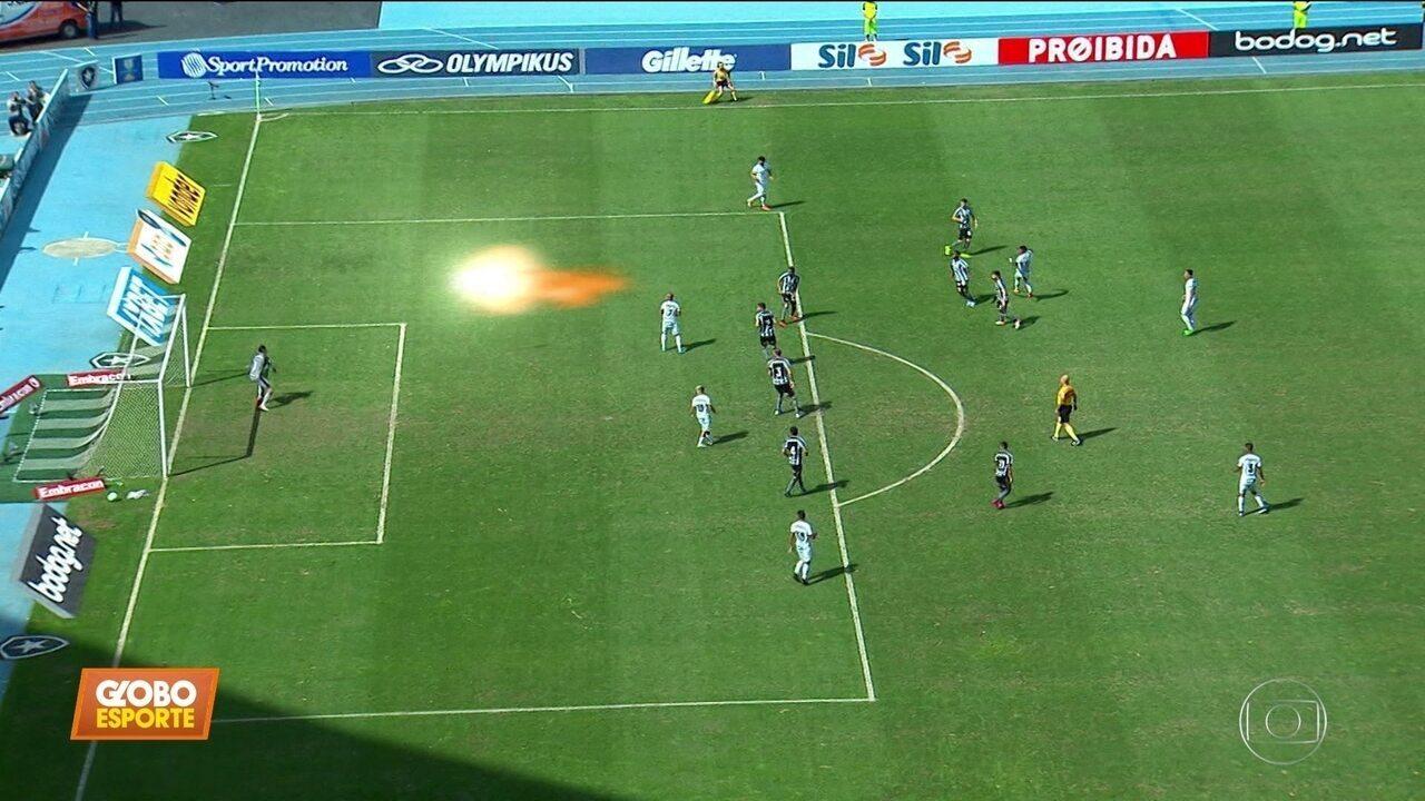 """Botafogo 0 x 1 Santos: com """"minimíssil aleatório"""", Marinho coloca o Peixe na cola do líder"""