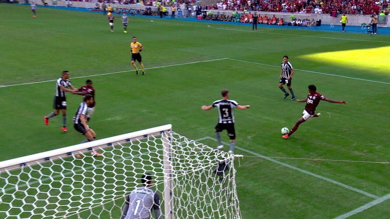 Melhores momentos de Flamengo 3 x 2 Botafogo pela 12ª rodada do Campeonato Brasileiro