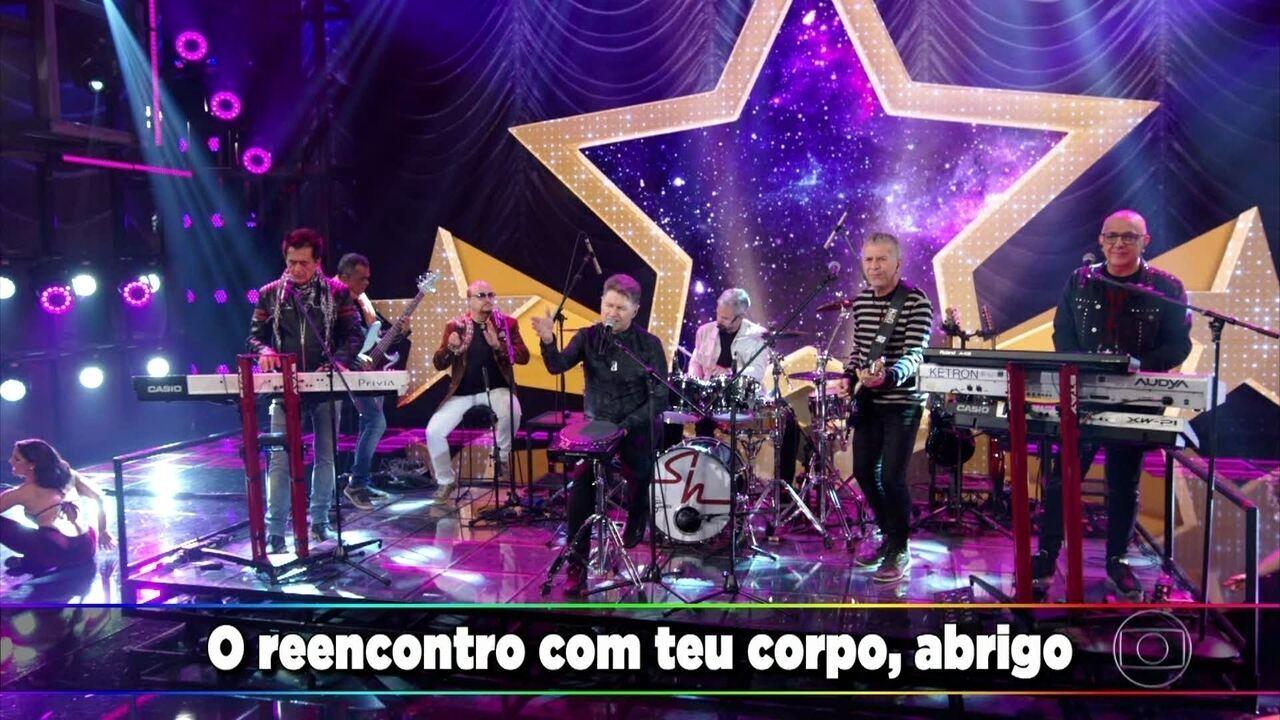 """Roupa Nova canta """"A Viagem"""""""