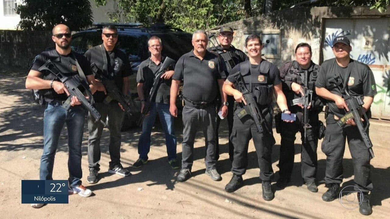Operação com 15 policiais resgata celular de delegado em Cosmos