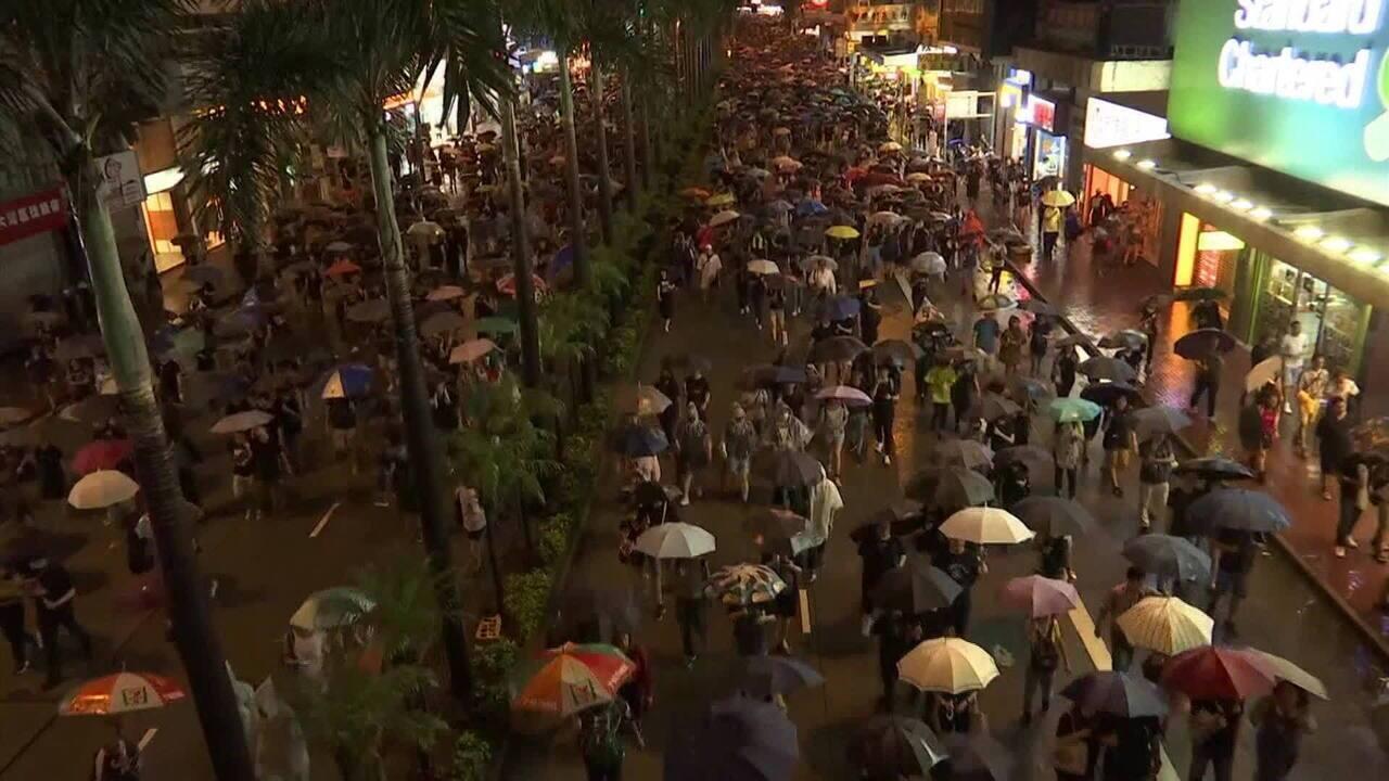 Protestos em Hong Kong têm 1,7 milhão de manifestantes