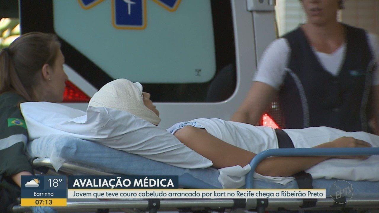 Jovem que perdeu couro cabeludo em kart chega para ser atendida em Ribeirão Preto