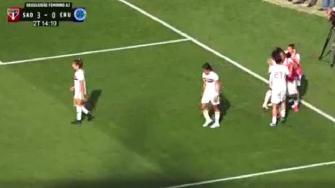 Valéria marca em goleada do São Paulo sobre o Cruzeiro no primeiro jogo da final do Brasileiro A2.