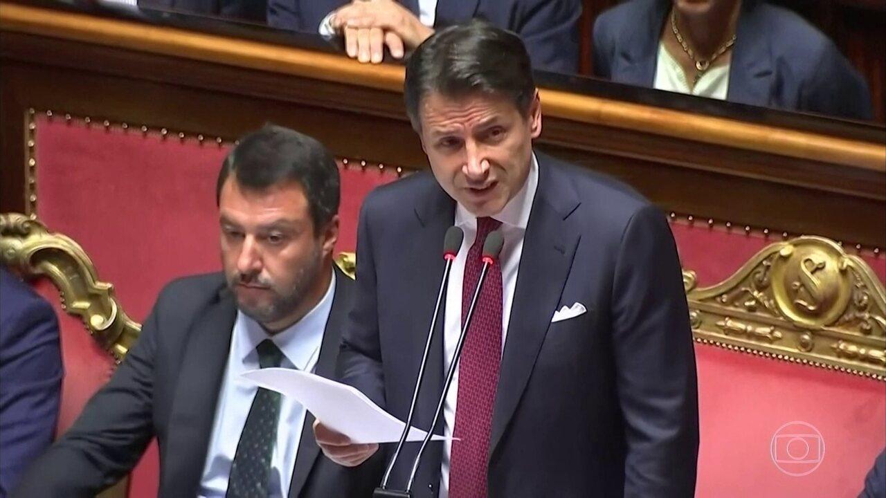 Primeiro-ministro italiano anuncia a sua demissão durante discurso no Senado