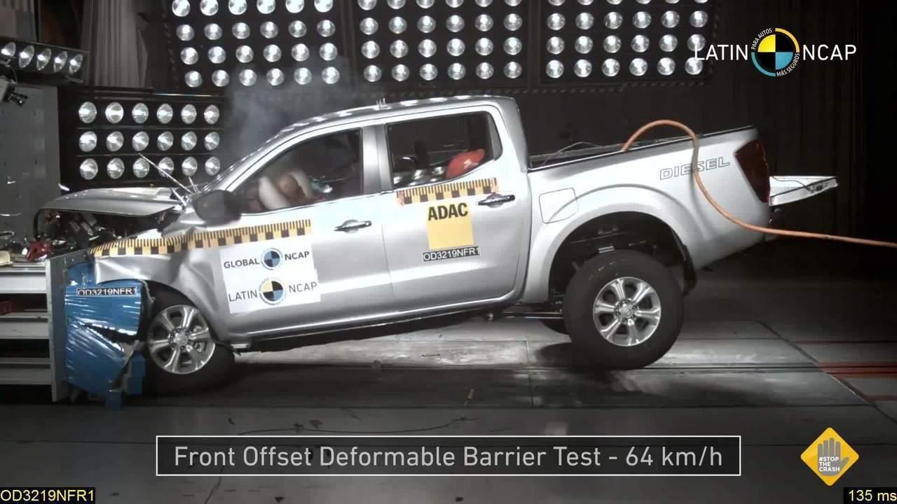Nissan Frontier recebe 4 estrelas em crash-test