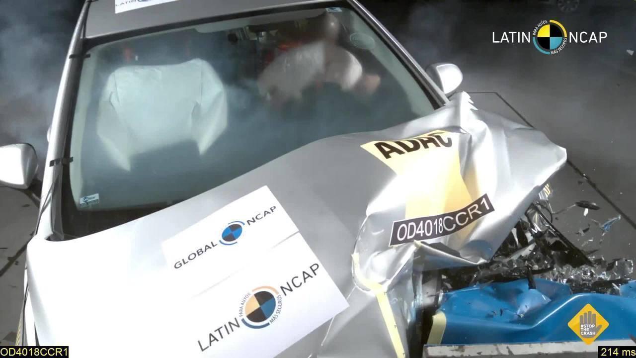 Chevrolet Cruze fica com 5 estrelas em crash-test