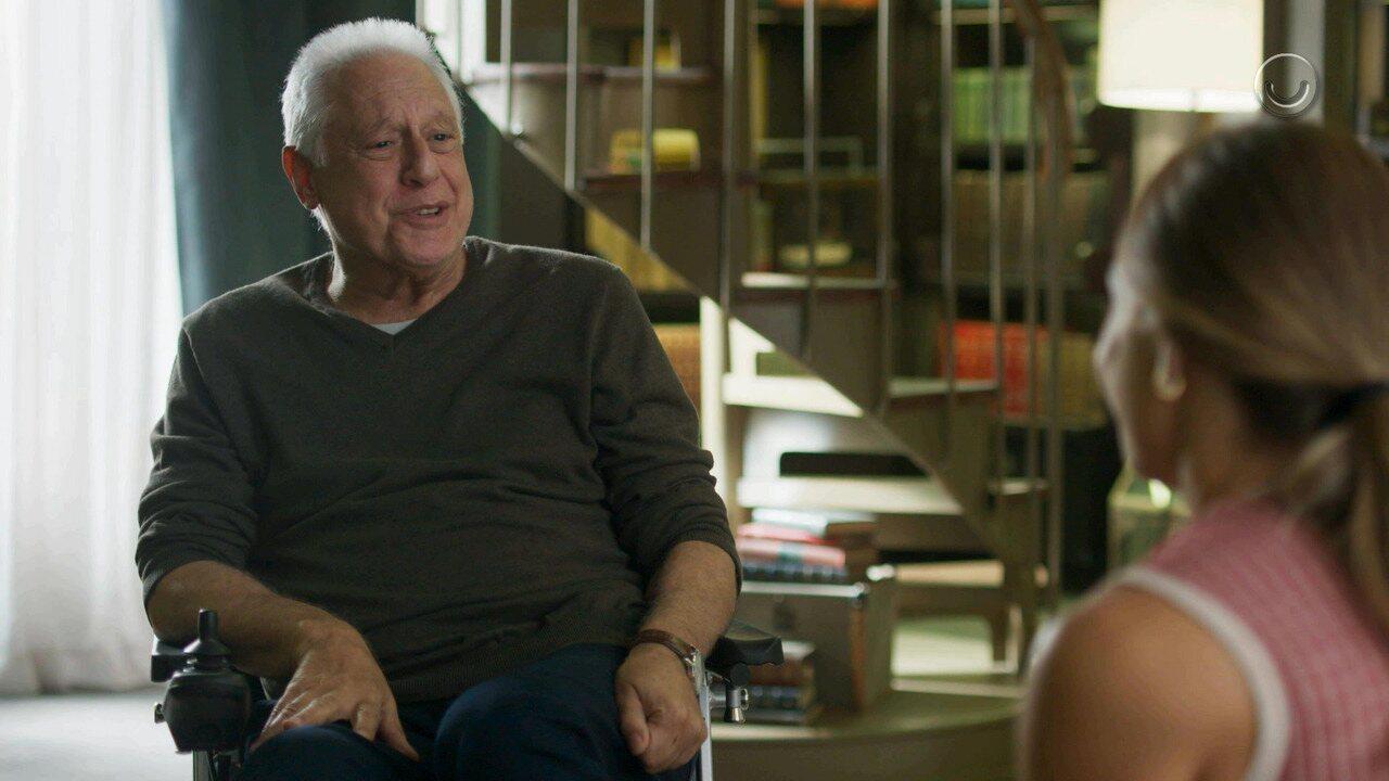 Teaser 'Bom Sucesso' 23/8: Alberto aceita ir ao Cacique de Ramos